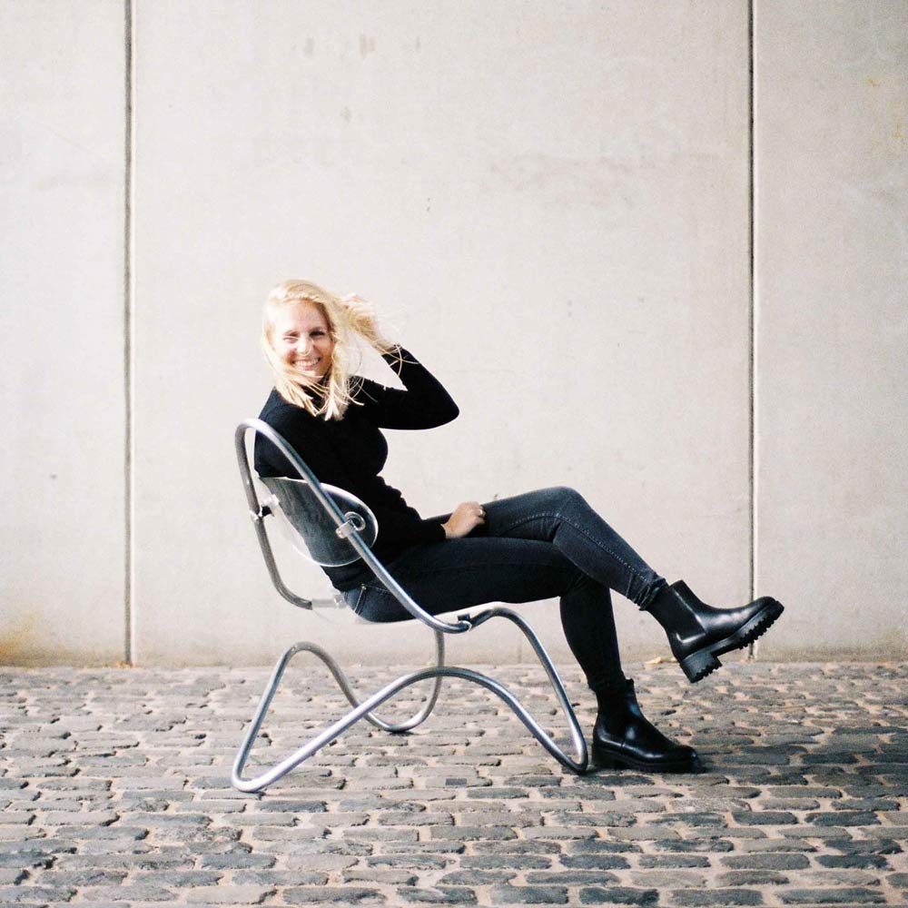 c1-lounge-chair-person
